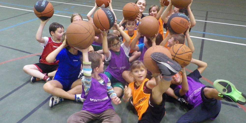 Tenue de basket pour enfant principale